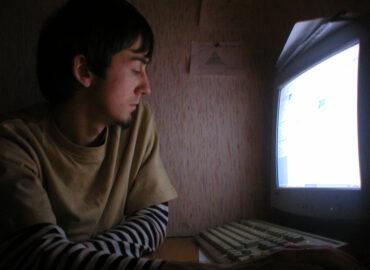 2004 год - караоке в офисе - любимое развлечение начала 2000-ых